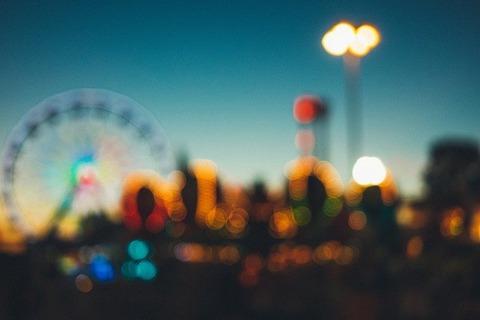 amusement-park-2619310_640