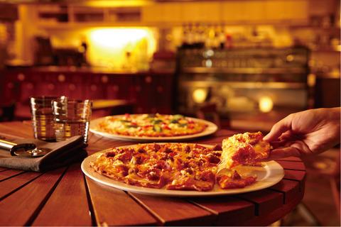 【エンタメ画像】宅配ピザは安い?高い?200人の男女にアンケート調査を実施した結果www