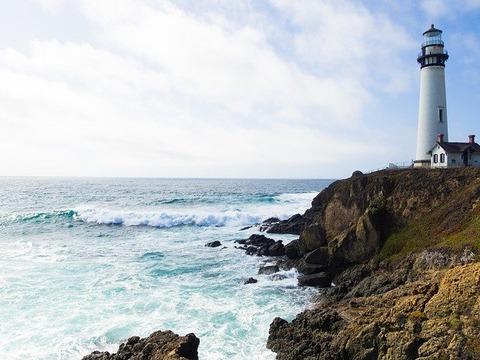 【悲報】スペインのアホ町長「灯台の色塗り直しといて」 地元民「おかのした」→ 結果wwwwwwww(画像あり)