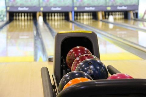 bowling-237905_640