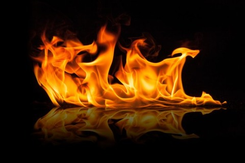 depositphotos_63831017-stock-photo-beautiful-stylish-fire-flames