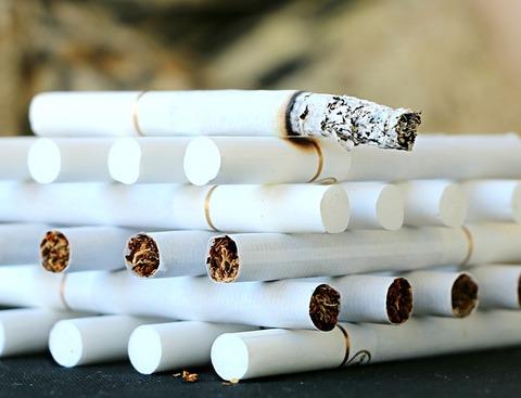 cigarette-1642232_640