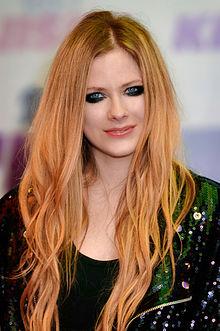 Avril_Lavigne,_Wango_Tango_2013