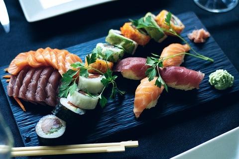 sushi-2455981_640