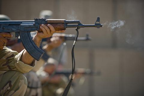 Ak-47-iraqis