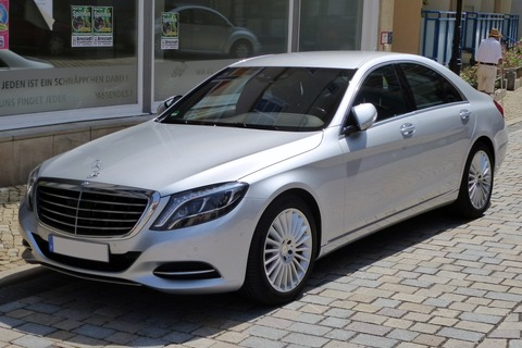Mercedes-Benz_W_222_S_350_Bluetec