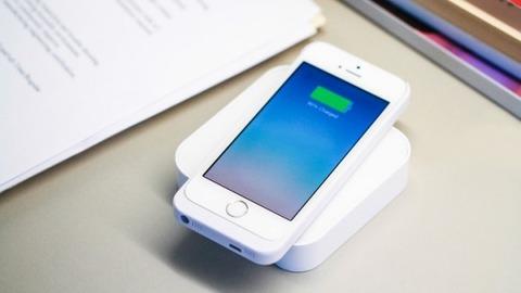 【危険】iPhoneを充電しながら使用すべきでない理由がこちら…