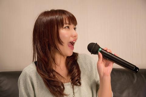 NKJ52_karaokeutauonnanoko_TP_V