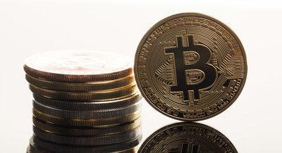 bitcoinPAKU6019_TP_V-thumbnail2