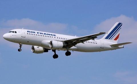 airplane-1163713_640