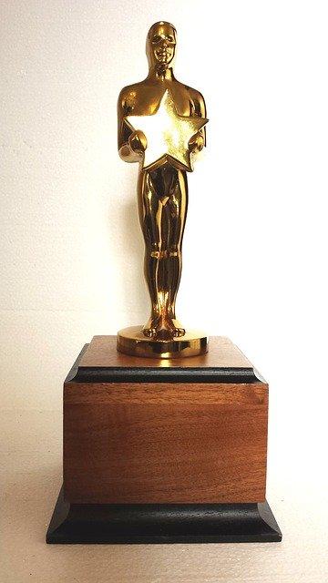 【驚愕】トランプ大統領、韓国映画「パラサイト」のアカデミー賞受賞に火の玉ストレートwwwwwwww