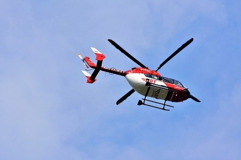 helicopter-3620656_640