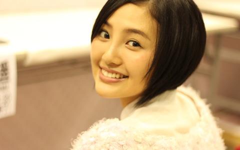 01172560_AKB48_35