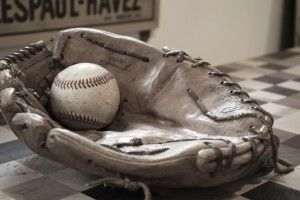 baseball-582887_640-300x200