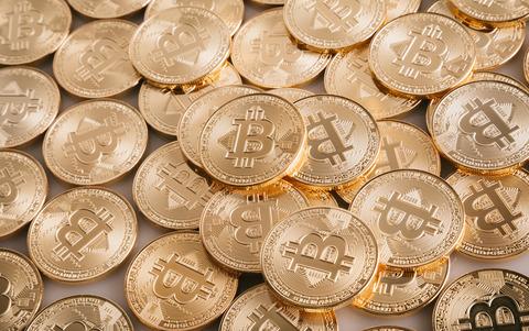 bitcoinIMGL0825_TP_V