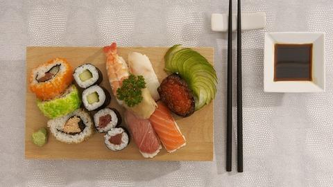 sushi-2856547_640