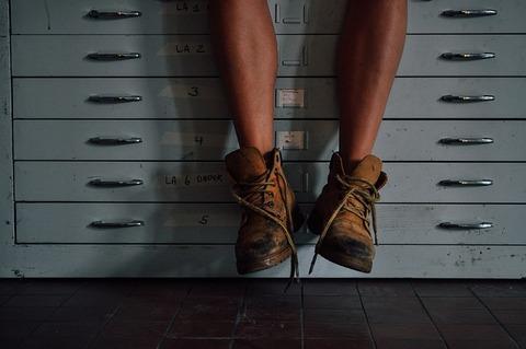feet-1246673_640