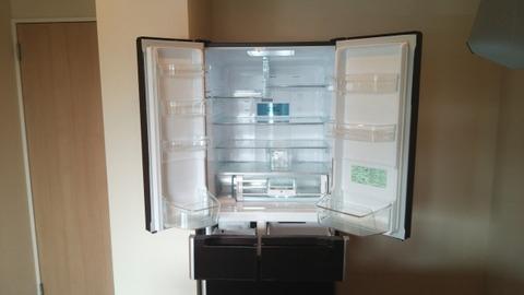 【衝撃画像】ワイ一人暮らし20の冷蔵庫の中がこちらwwww