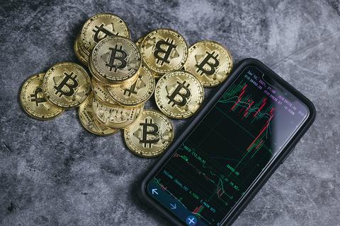 bitcoin111128PAR55168_TP_V4 (1)