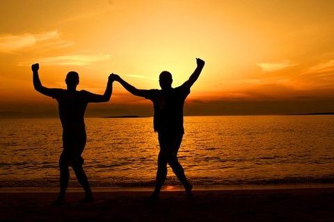 greek-dancing-at-sunset-1983650_640