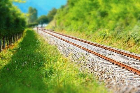railway-rails-4483391_640