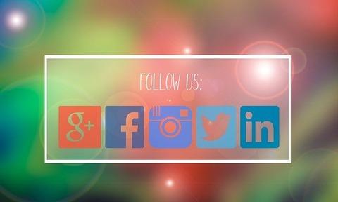 follow-us-2395640_640