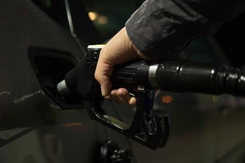 petrol-996617_640