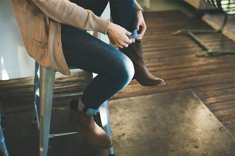 【悲報】子育て中の女さん、靴を履けたことを褒められただけでこの反応・・・