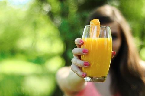 orange-juice-569064_640