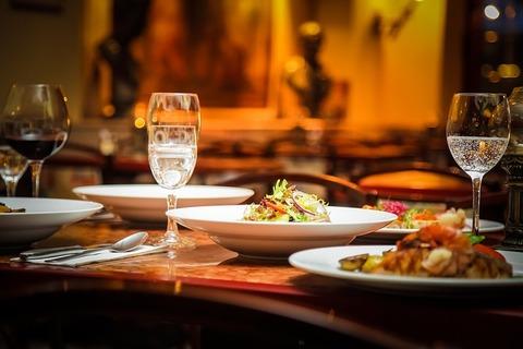 restaurant-939435_640