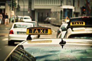 個人タクシー_1497633379-300x200