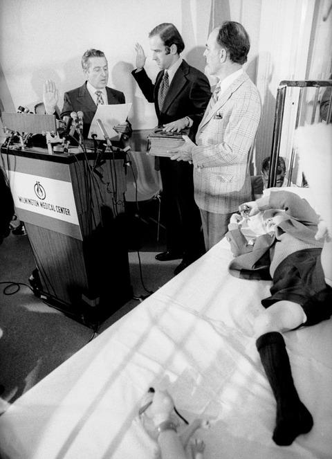 【訃報】バイデン大統領、交通事故で妻と娘を失う