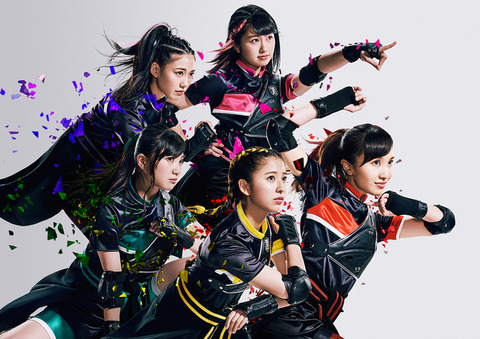 momoirocloverz_art201706_fixw_730_hq