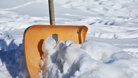 【暴論】女さん「雪国に住んでる奴は除雪費を払え」→(画像あり)