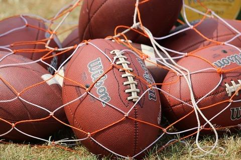 football-2372422_640