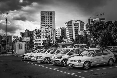 parking-lot-3339509_640