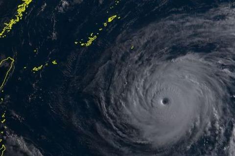 台風8号マリア
