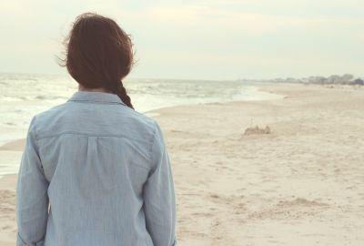 beach-731136_1920-400x270-MM-100