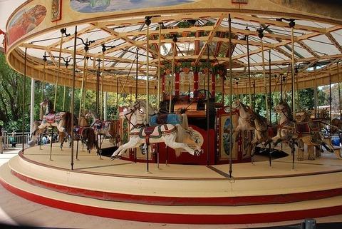 merry-go-round-169901_640