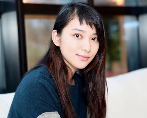武井咲-髪型-前髪アシメ