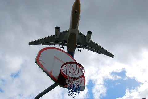 airplane-404104_640