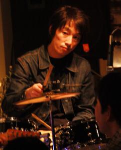 丸山晴茂-243x300