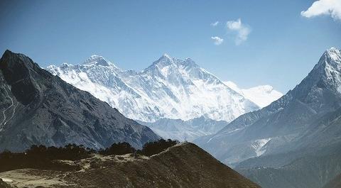 mountain-1246297_640