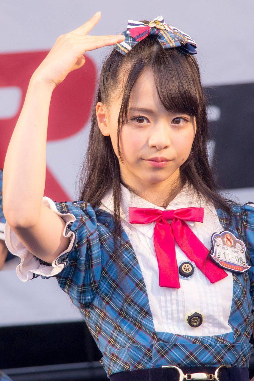 http://livedoor.blogimg.jp/akb48nomatome1/imgs/8/2/822c2136.jpg
