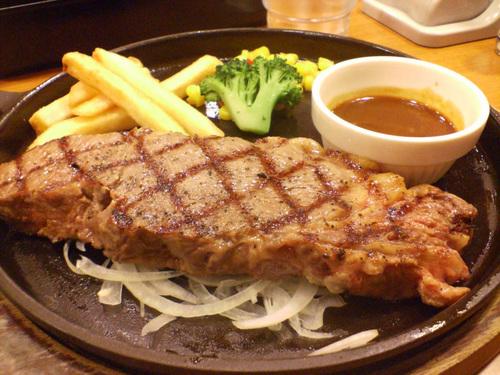 はるっぴ「夜ご飯はステーキ!」