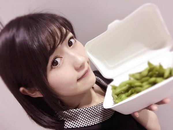 AKB48握手会会場で売ってる、まゆゆの枝豆の値段wwwwww