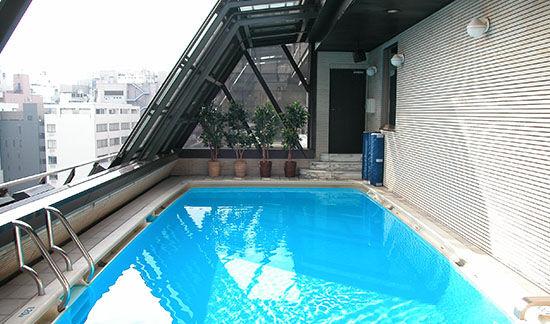 プール 例 背景 の