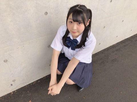 SKE48浅井裕華の制服オフショット!
