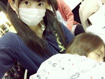SKE48江籠裕奈が大場美奈に気づかれないようにそーっと撮った写真がこちら…