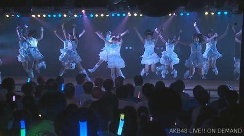 【AKB48】女ヲタ「おっさんは劇場に来るな!」